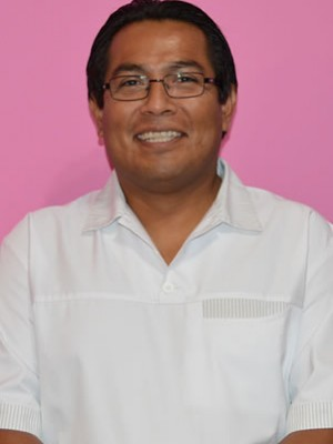 Dr PEDRO LA ROSA